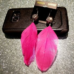 3/$20 brand new vintage pink feather earrings